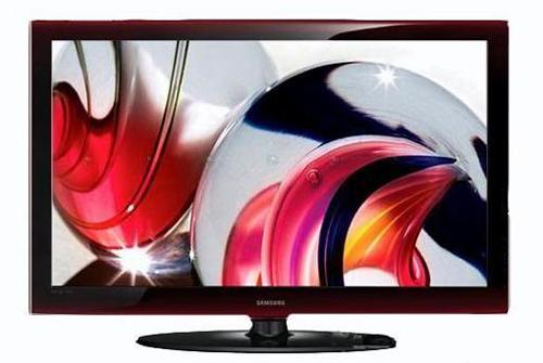 """液晶电视外观上采用了最先进的""""双重注塑""""工艺,这样就使面板边框摆脱"""