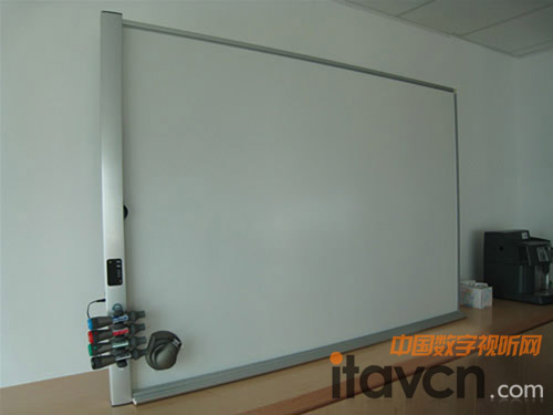 mimio白板系统瞬间展现完美多媒体教室