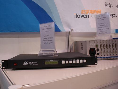 利国电子DVI光纤混合矩阵