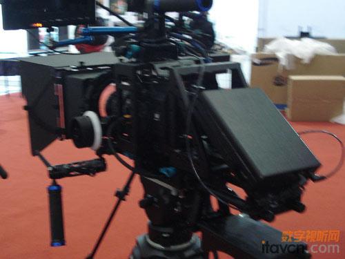 威尔帝展示摄影套件 照相机可做录像机