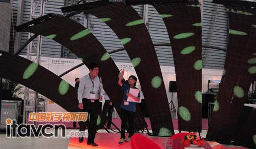雷迪奥竹简显示屏亮相上海灯光音响展