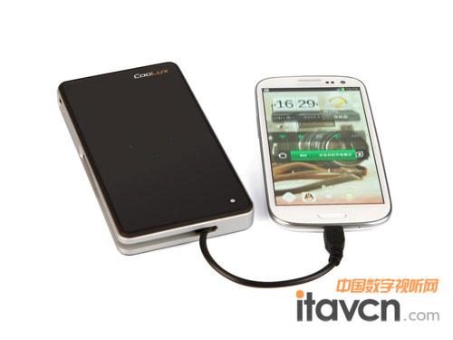 酷乐视q5微型投影机连接手机