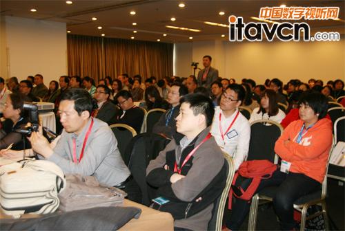 东方正龙洪雪荣分享未来教学新方法
