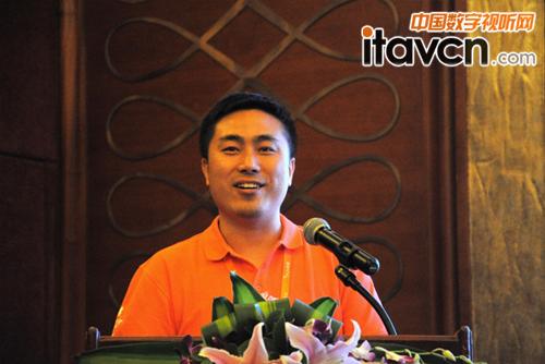 王总(王晓虎)讲解产品特色技术