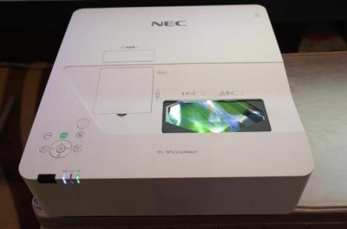 NEC全新HLD护眼教育投影机
