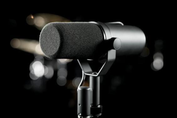 SHURE为超级碗提供多款话筒和音频技术
