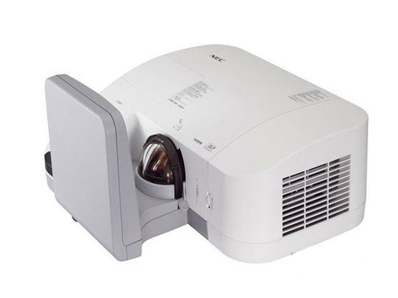 NEC NP-U300X+