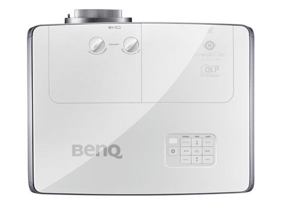 W3000